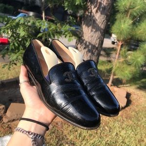 CHANEL black patent leather loafers sz 6